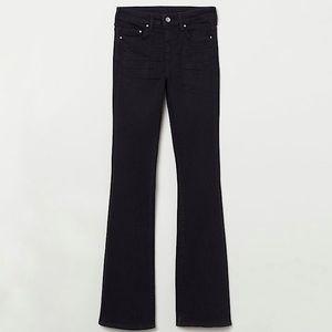 🌸H&M High Rise Black Mini Flare Jeans Denim